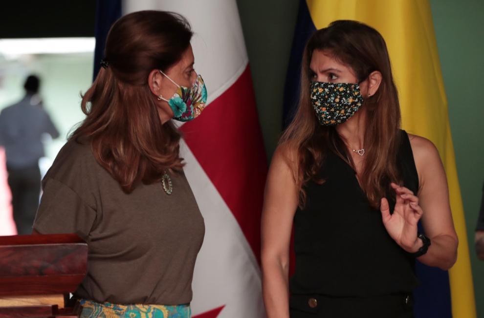 Panamá y Colombia buscan solución a flujo migratorio irregular