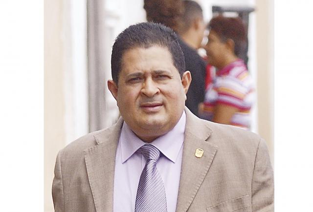 La insistencia del diputado Fanovich por la carretera de Palmira del Banco en David - La Estrella de Panamá
