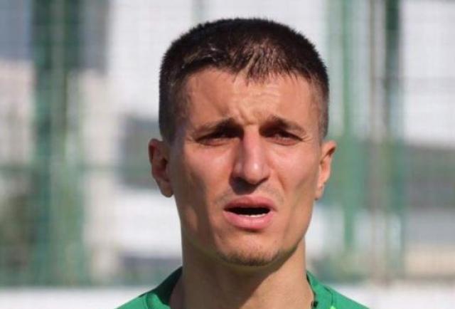 El futbolista Cevher Toktas asesinó a su hijo de 5 años quien tenía Covid-19